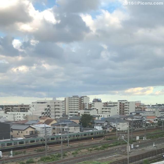 大宮駅到着ちょっと前、鉄博通り過ぎるんだね〜早くて見えないけど皆さん手を振ってる。^_^