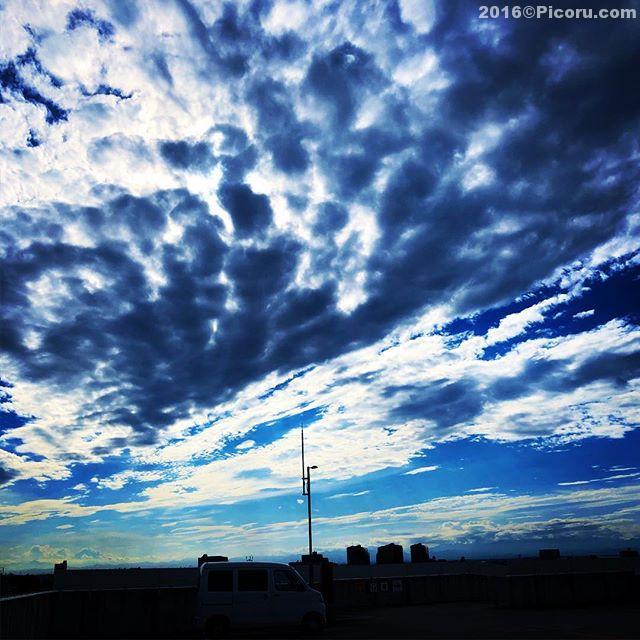雲が迫力あり